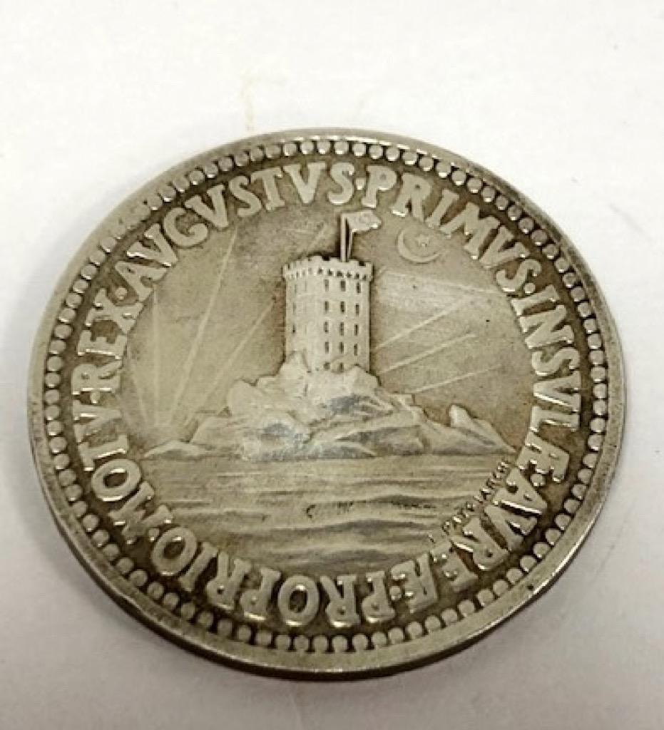 47 Médaille de l'Ile d'Or 1921. Poids 22g. Adjugé 200€