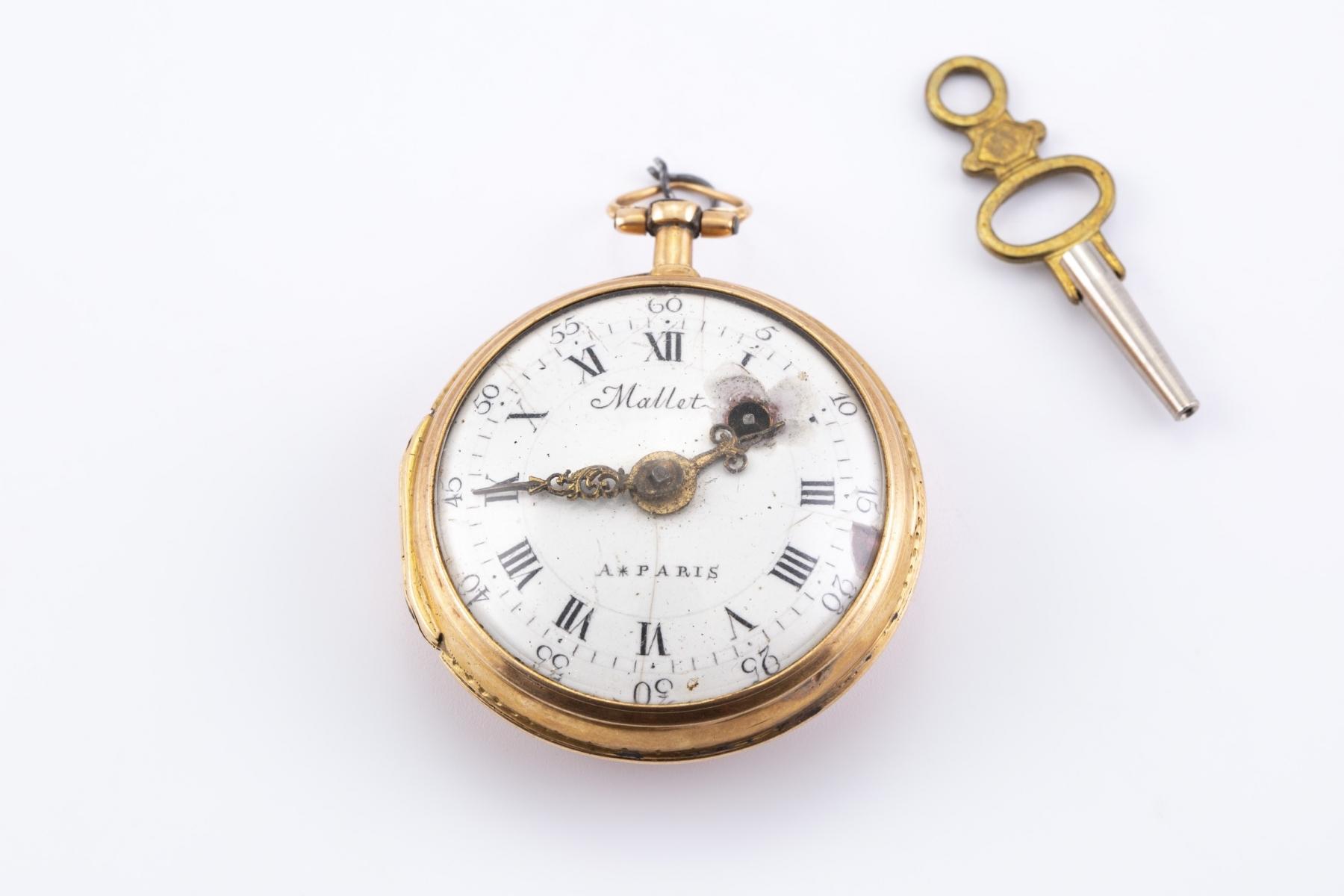 12 - Montre de poche, mouvement signé Maillet Paris, époque XVIII. Adjugé 538