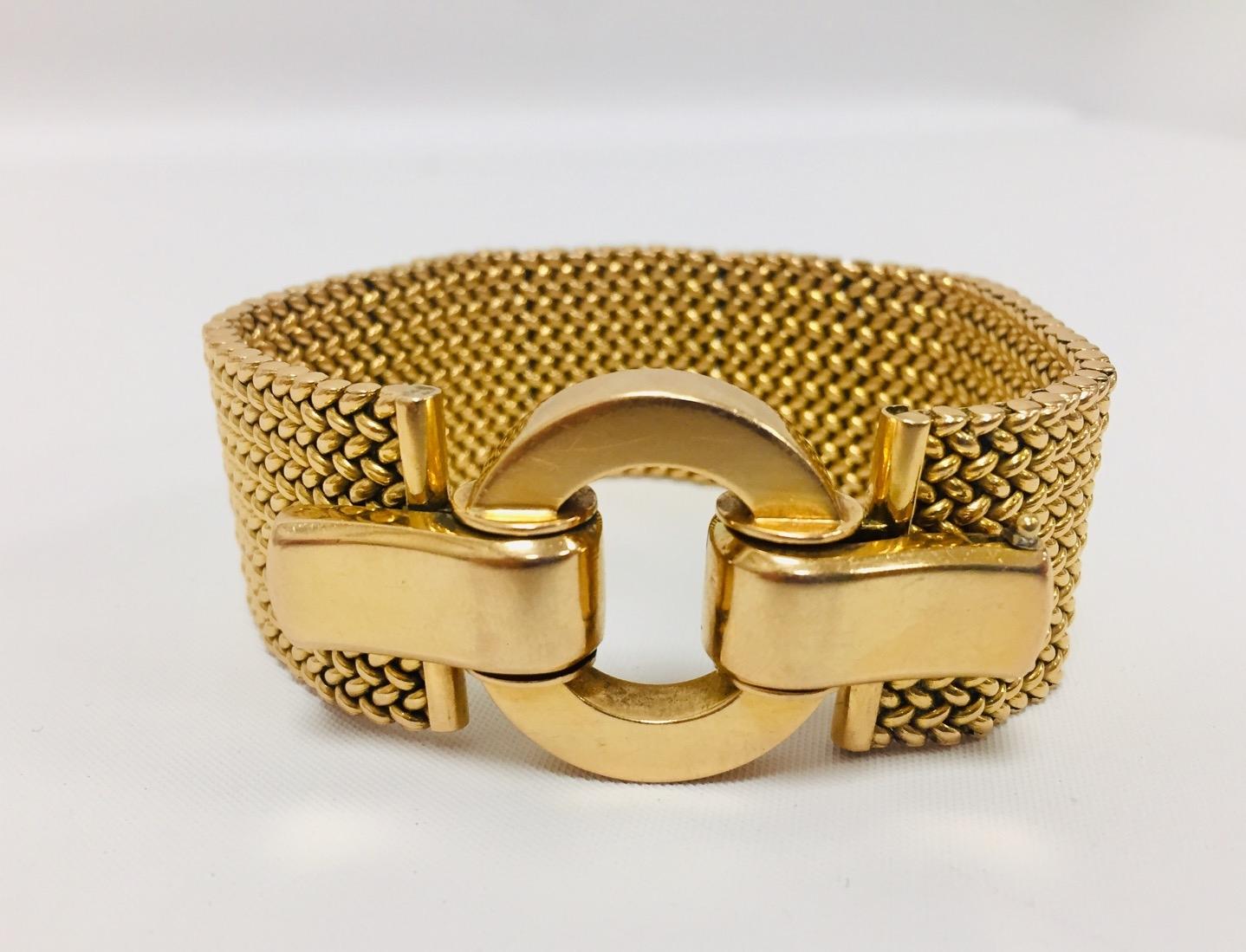 4-1 Bracelet milanais en or jaune. Adjugé 2300€