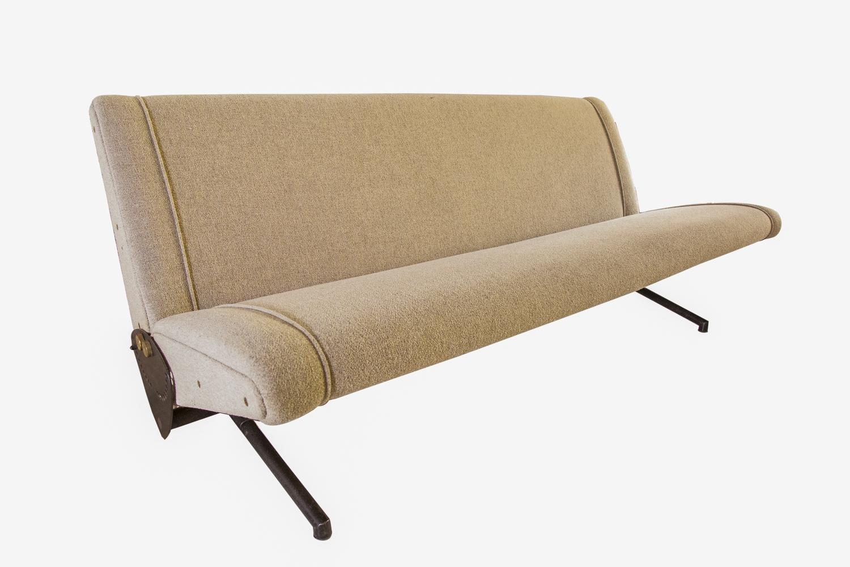 198 - Osvaldo BORSANI (1911-1985). Canapé modèle D70 à structure métal et garniture tissu. Edition Tecno. Adjugé 1200€