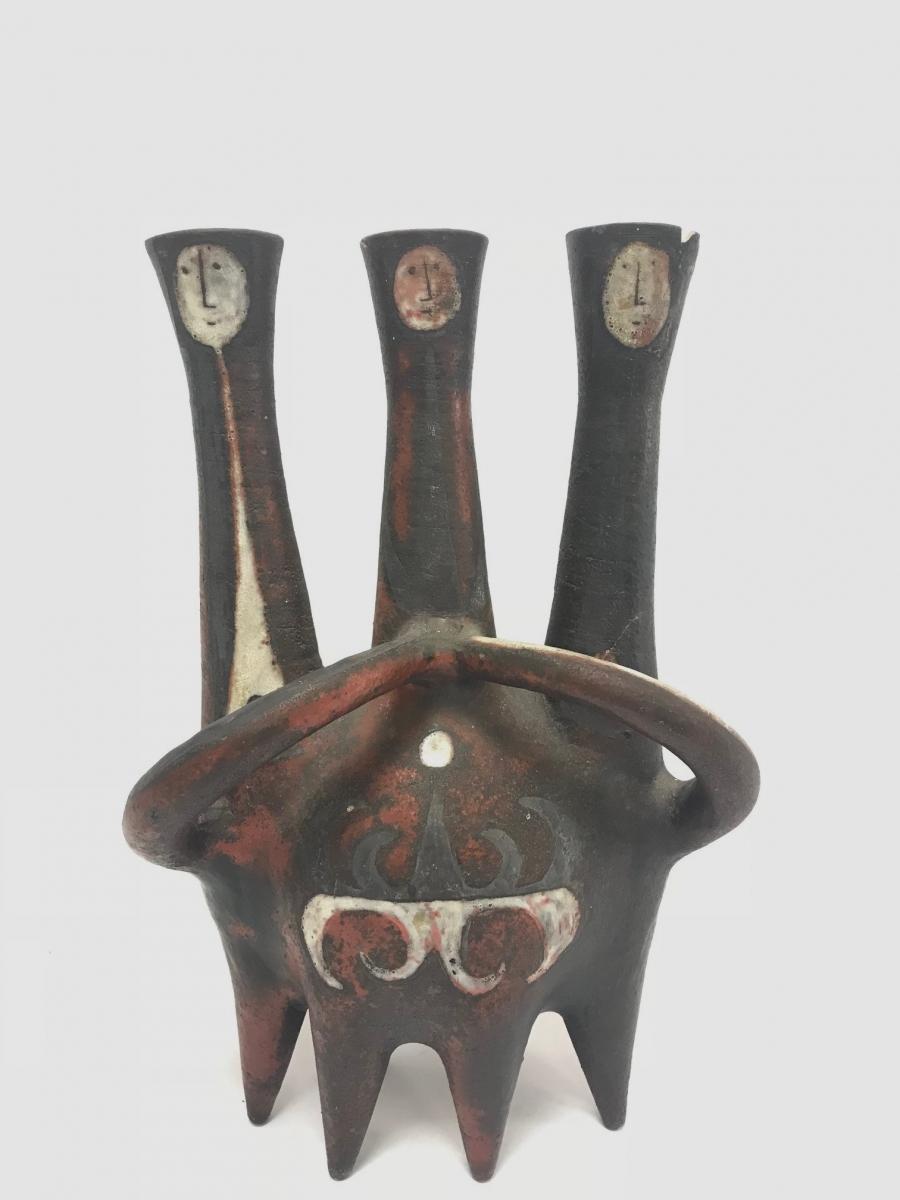 98-1 Jean DERVAL (1925-2010). Vase en céramique à trois cols soliflores. Adjugé 3800€