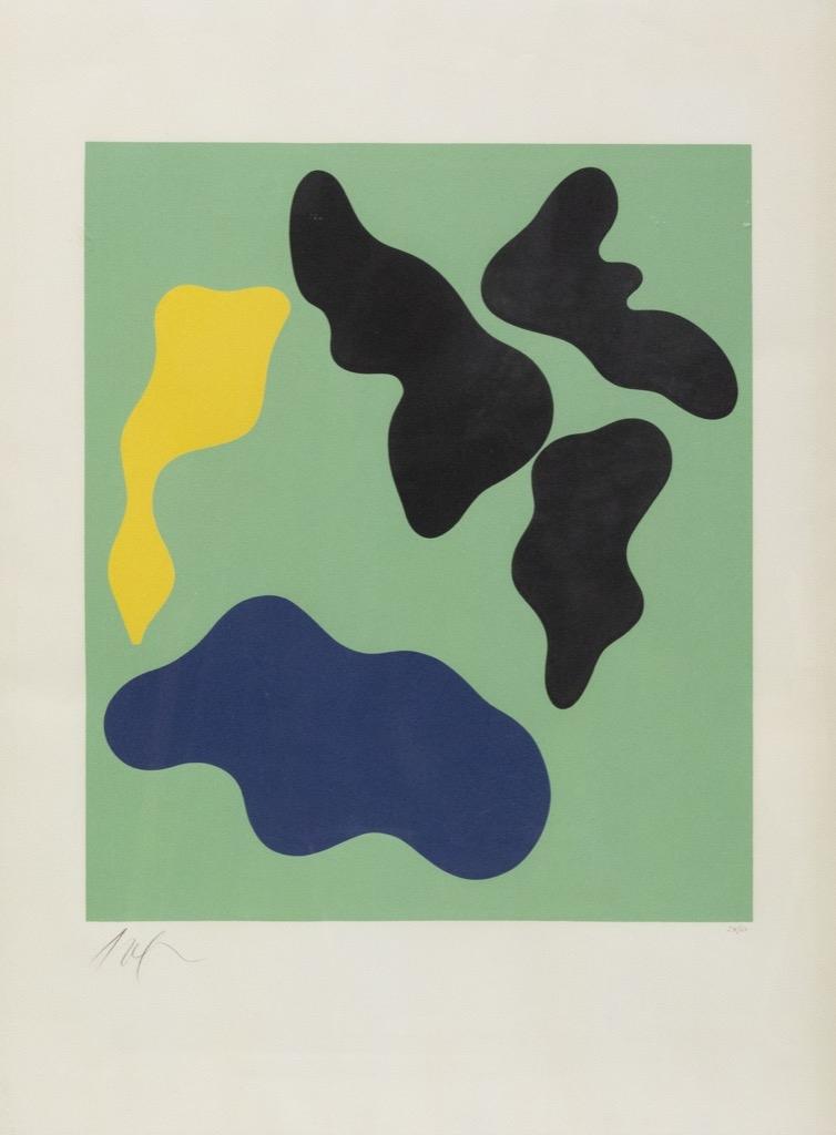 141- Hans ARP. Composition abstraite sur fond vert. Lithographie numérotée 24-60. A vue 75x55cm. Adjugé 1200€