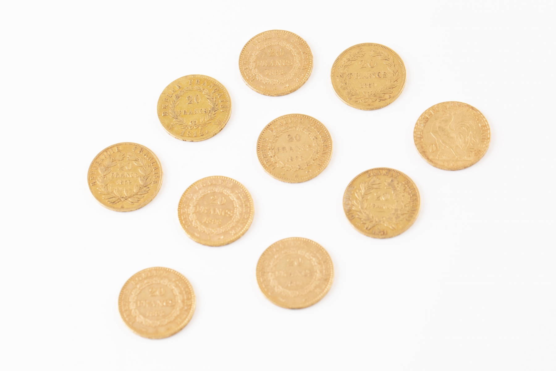 60 Lot de 10 pièces de 20 Francs or. Adjugé 2200€