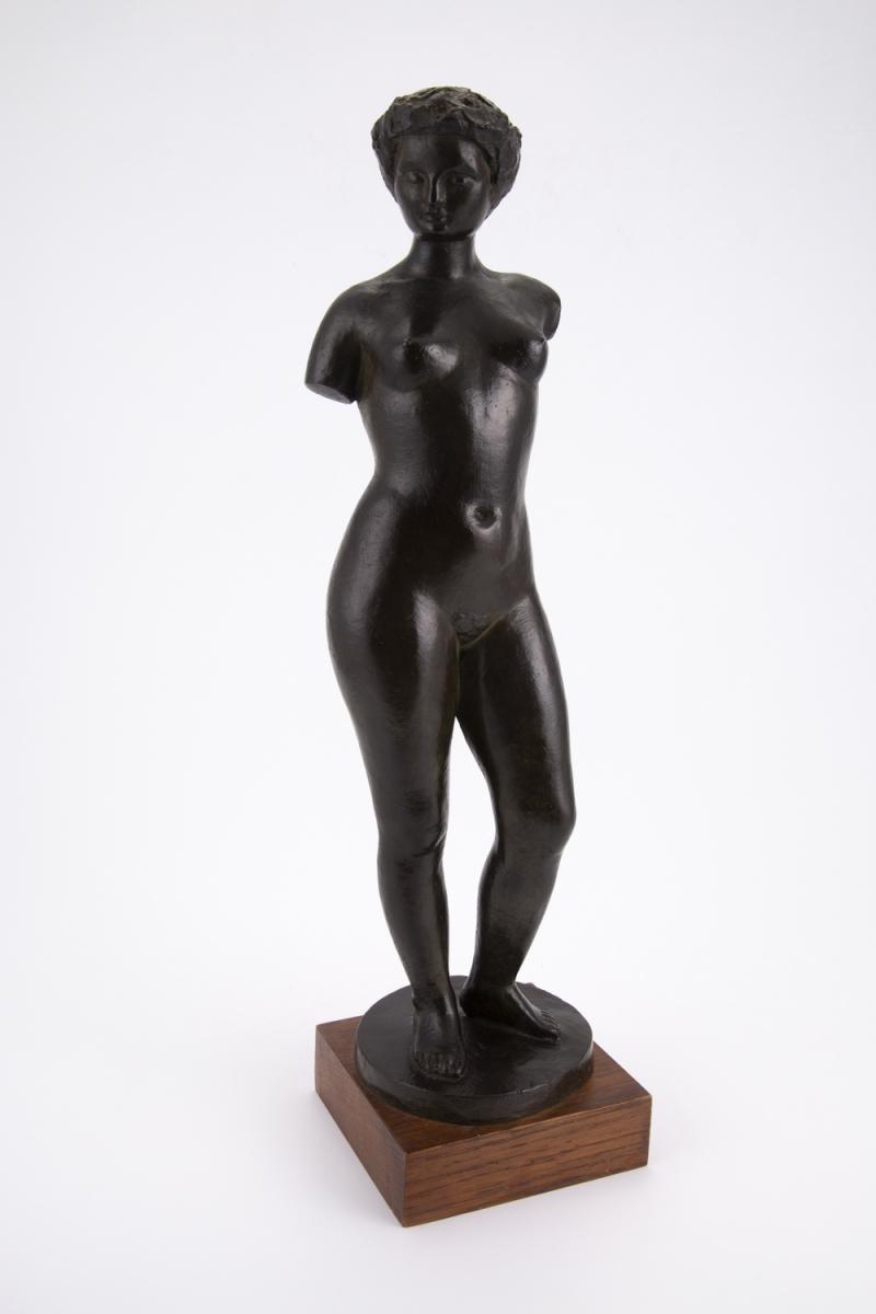 205- Serge ROBERT. Femme nue. Sculpture volume en bonze. Adjugé 650€