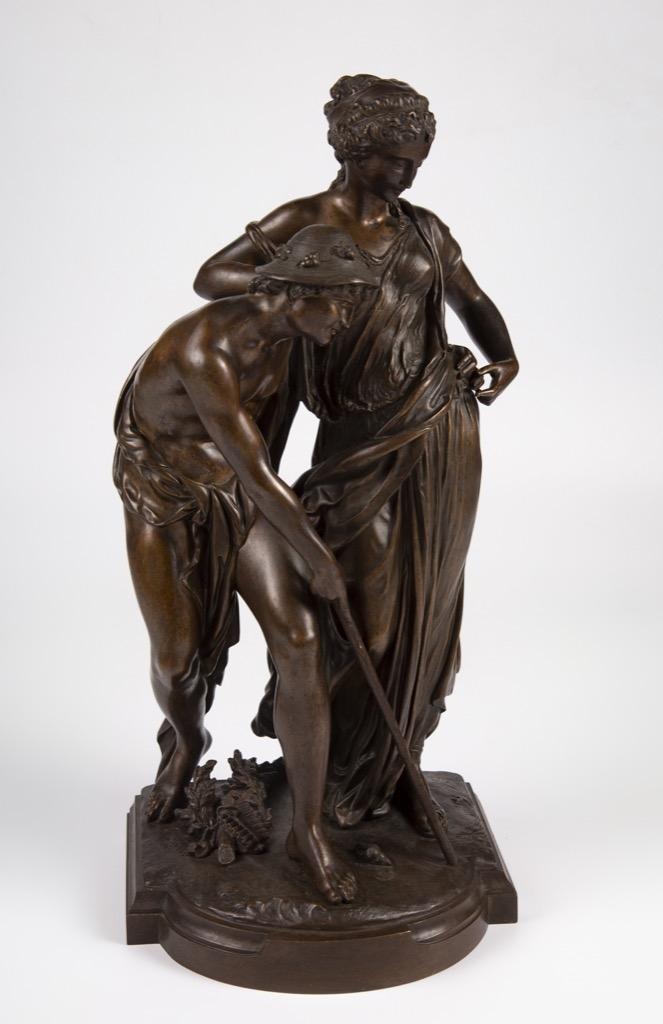 36- Provin SERRES. Aphrodite et Pan. Epreuve en bronze à patine brune. H48cm. Adjugé 500€