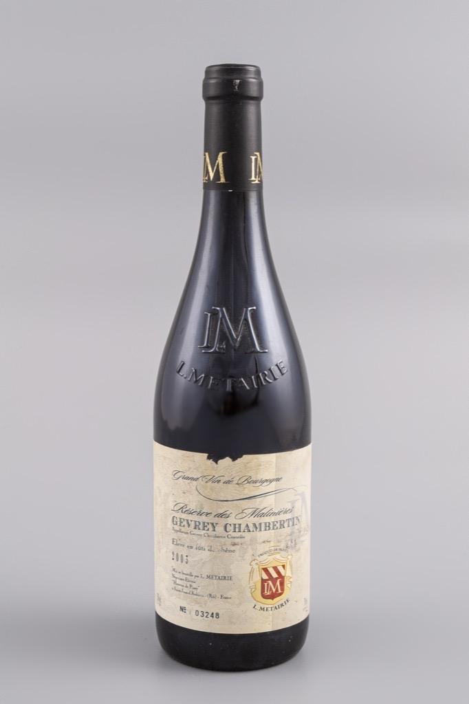 3- Gevrey Chambertin, Réserve des Malinières 2003. 8 bouteilles. Adjugé 160€